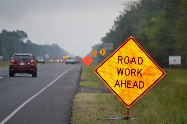Photo of road work ahead sign in a work zone (Georgia DOT photo)
