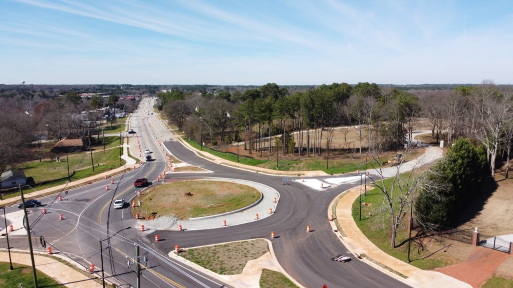 Drone photo of Jonesboro Road at Doris Street roundabout under construction in February 2020 (staff photo)